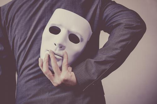 narzissten lügen und betrügen